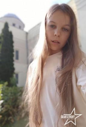 Воробей Полина